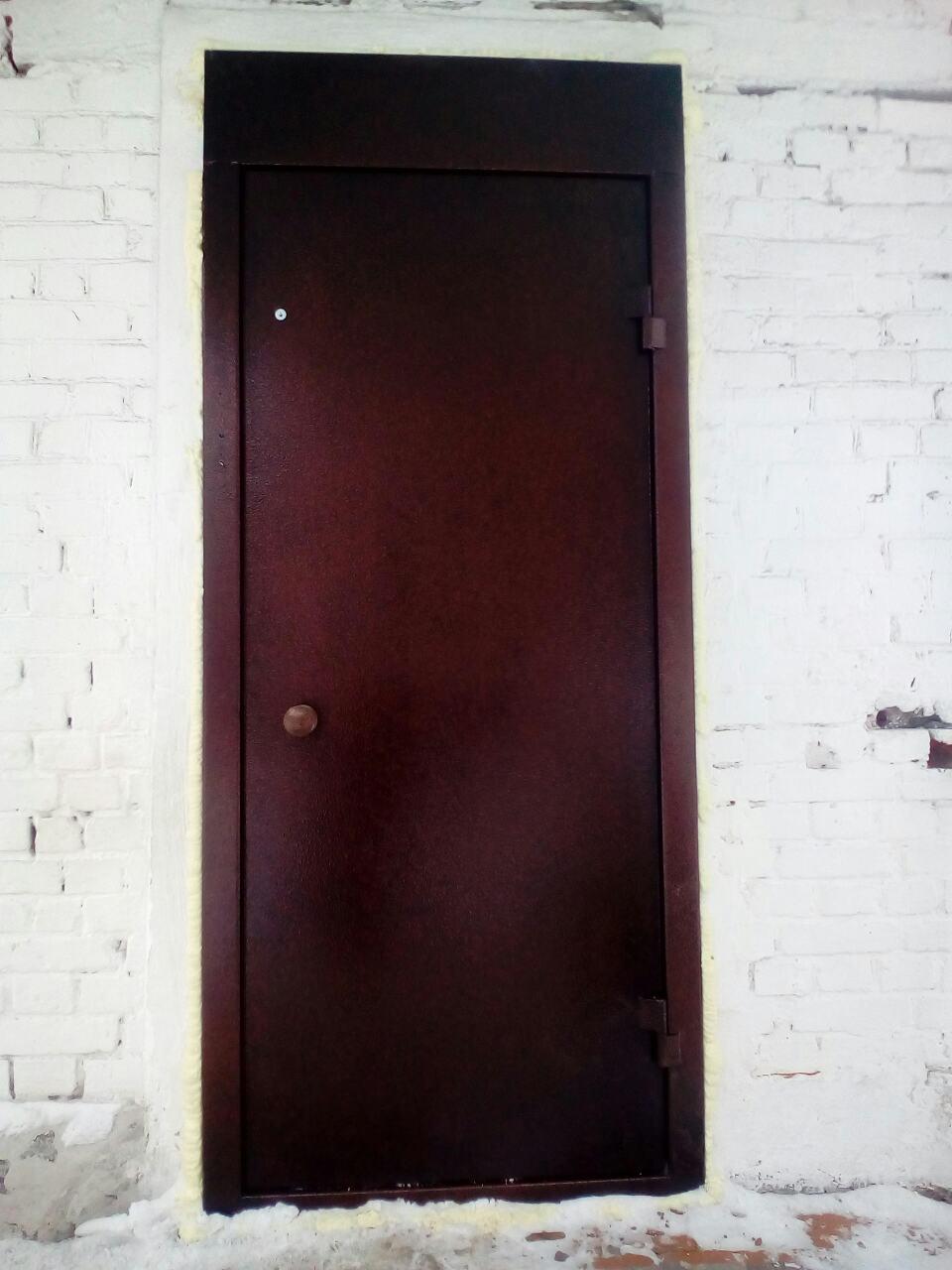 дверь металлическая с полимерным покрытием