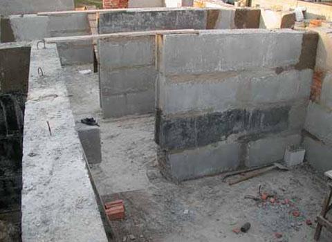 Преимущества и достоинства фундамента из блоков
