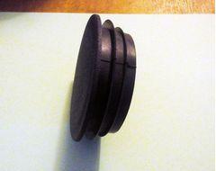 Заглушка внутренняя для круглой трубы внешним диаметром  76 мм.