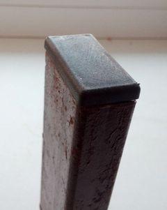 Внутренняя заглушка для профильной трубы 40x20 мм.